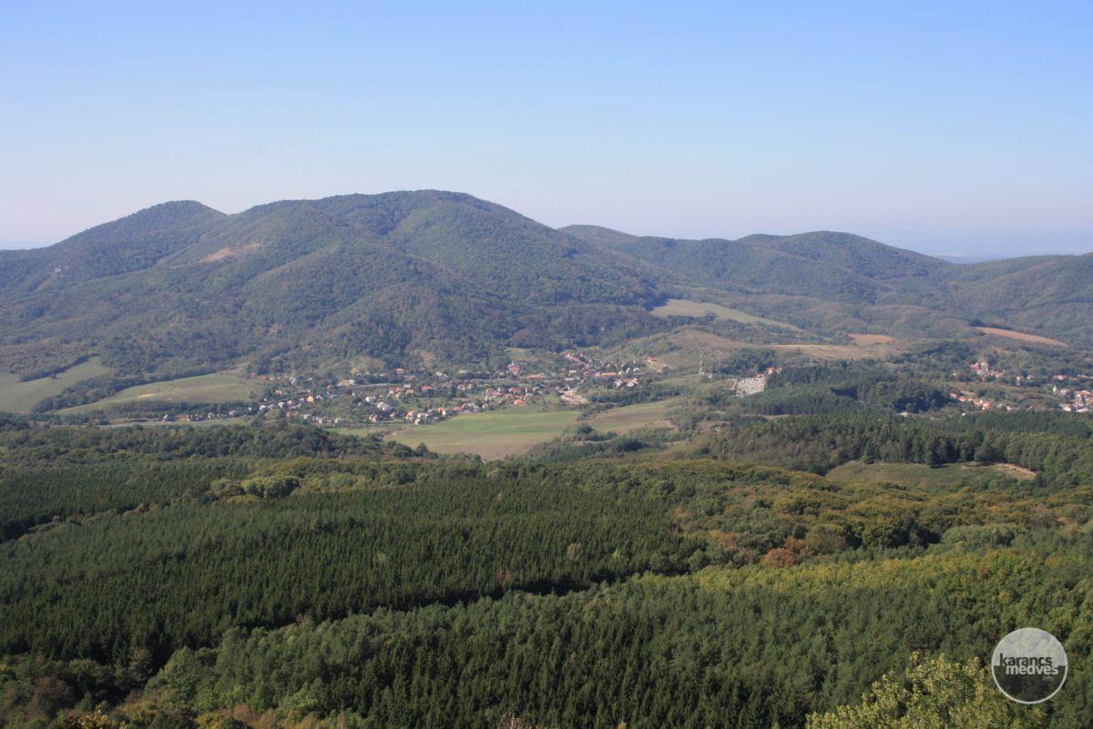 Karancs tömbje (karancs-medves.info fotó: Kéri István)