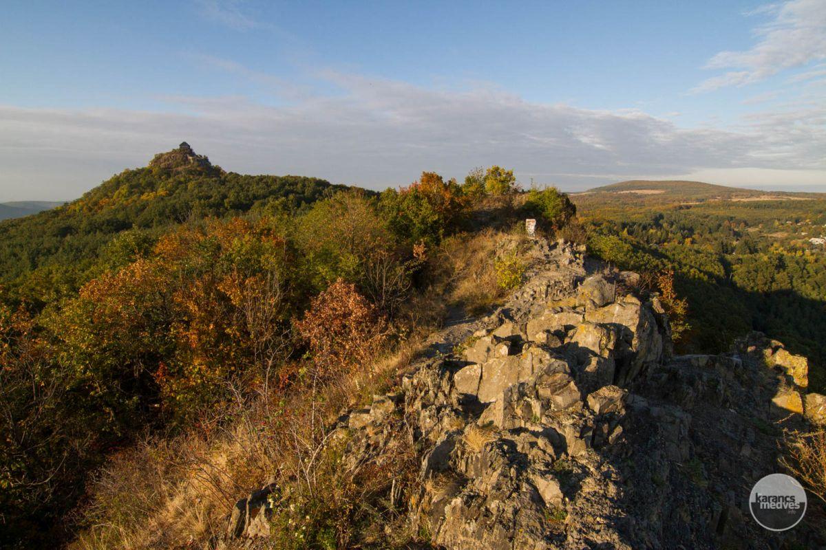 Kilátás a Boszorkány-kőről (karancs-medves.info fotó: Drexler Szilárd)