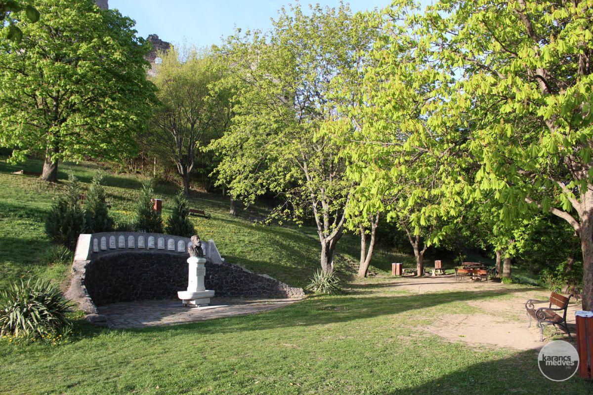 Somoskő Váralja Emlékpark (karancs-medves.info fotó: Kéri István)