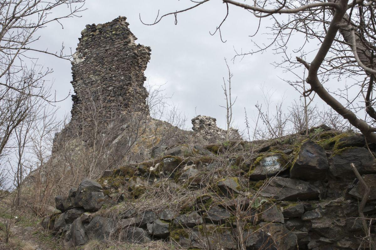 A szandai középkori várrom (Fotó: Nógrádikumok)