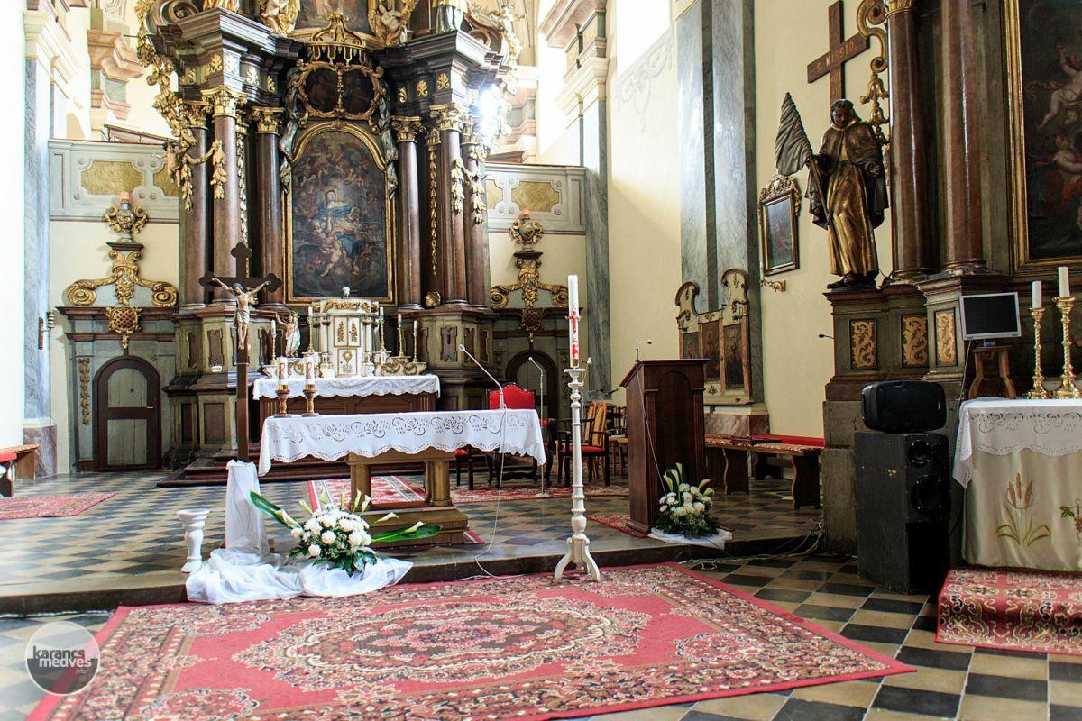 A füleki római katolikus templom (karancs-medves.info fotó: Micsuda András)