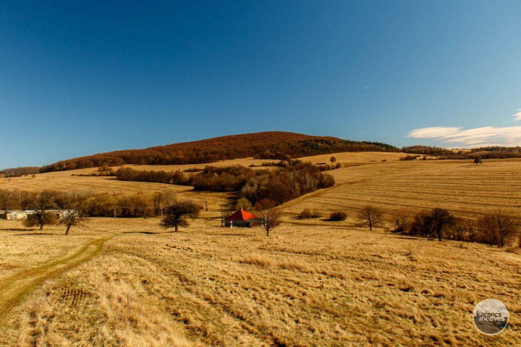 Kiemelt fotó: Medves-Magosa környéke (karancs-medves.info fotó: Micsuda András)