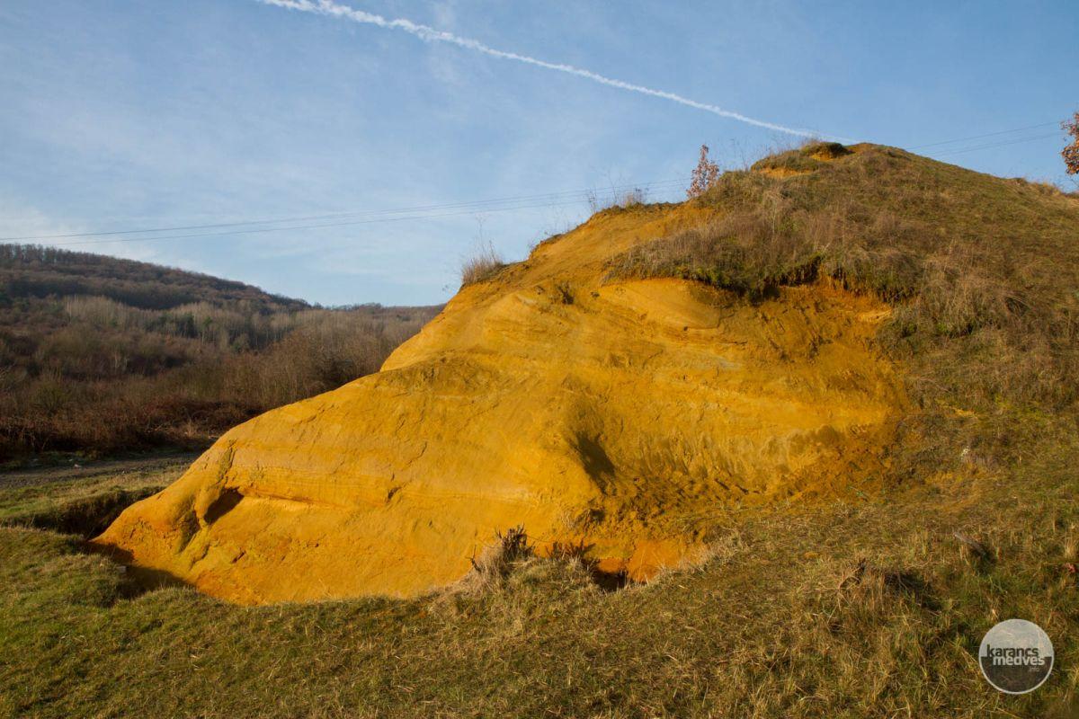 Kiemelt fotó: A nagyromhányi homokkő (karancs-medves.info fotó: Drexler Szilárd)
