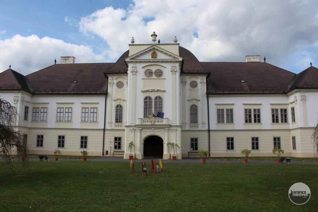 A múzeumnak a Forgách-kastély ad otthont (karancs-medves.info fotó: Kéri István)