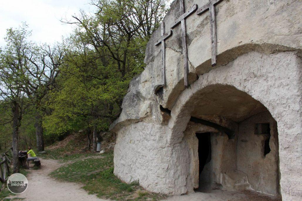 A Mátraverebély-szentkúti Remetebarlangok (karancs-medves.info fotó: Kéri István)
