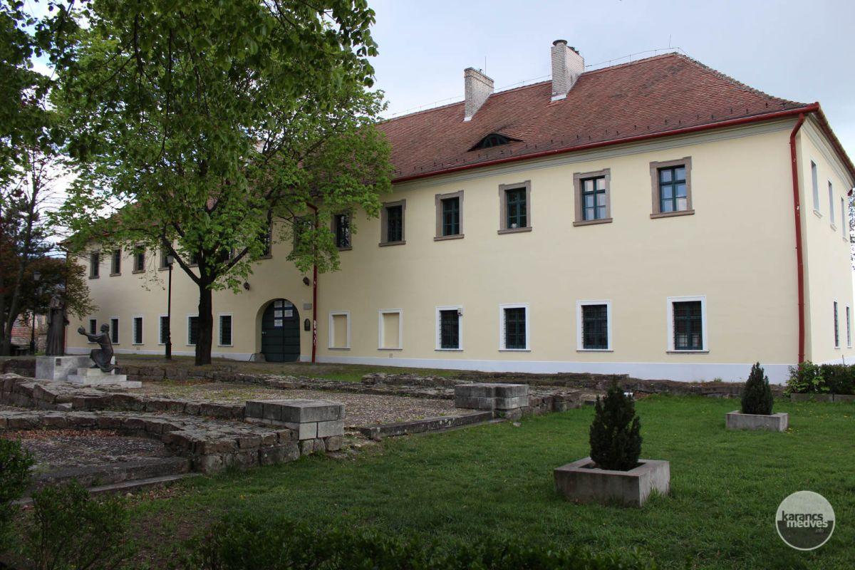 Kiemelt fotó: A Pásztói Múzeum épülete (karancs-medves.info fotó: Kéri István)