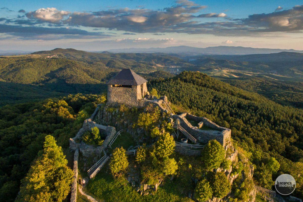 Salgó vára (karancs-medves.info fotó: Drexler Szilárd)