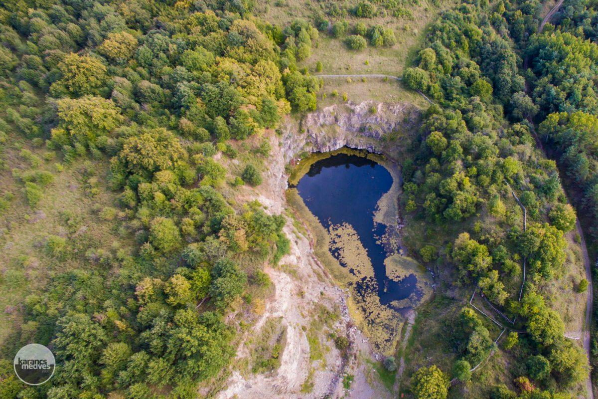 Kiemelt fotó: Az eresztvényi Közép-bánya-tó madártávlatból (karancs-medves.info fotó: Drexler Szilárd)