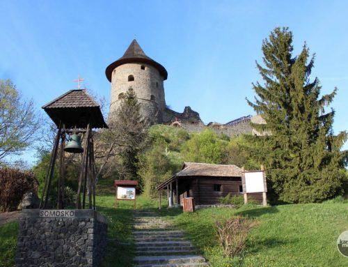 Petőfi kunyhó és a Somoskő Váralja Emlékpark