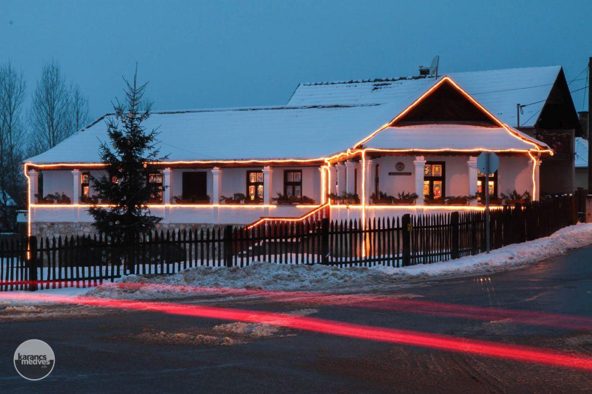 Kiemelt fotó: Kézművesház, Kazár (karancs-medves.info fotó: Drexler Szilárd)