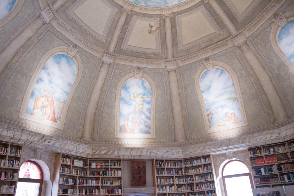 Kiemelt fotó: A Balassagyarmati Fegyház és Börtön kápolnája (Fotó: Nógrádikumok)